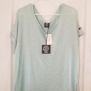 NWT Bobeau Short Sleeved Knit Blouse